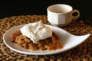 apple betty dessert